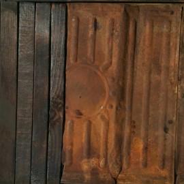 François CALVAT - Tableau série des Mémoires -35x41 cm - Tôle et bois brulés  - 2001